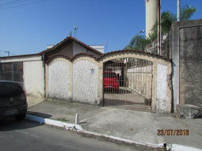 Ref.:365301- Ampla Casa 3 Dorms/suíte Ótimo Local - 270 Mil!
