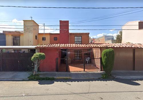 Imagen 1 de 5 de Excelente Casa En Metepec  Marr