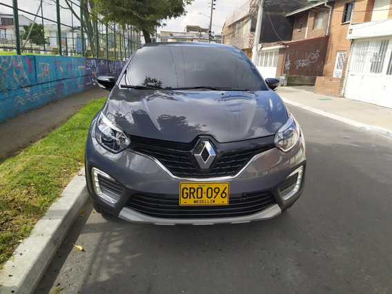 Camioneta Renault Captur Zen 2.0 Modelo 2020, A Gas Y Gasol