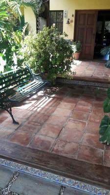 Villa De Venta Con Piscina En Jarabacoa Rmv-161