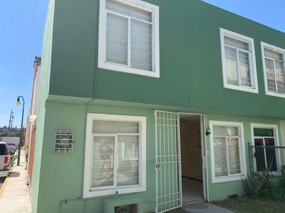 Casa En Renta En Fraccionamiento El Encanto