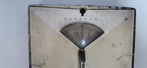 Balança Antiga De Ferro Peso Corporal Detecto  (only Wood)