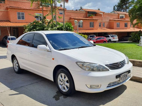 Toyota Camry Lumiere