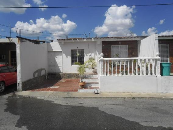 Casa En Venta Barquisimeto Rah: 19-467