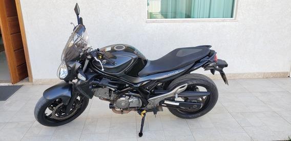Suzuki Gladius 650cc
