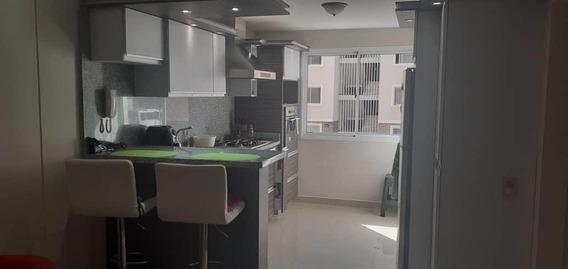 Apartamento En Venta En Barquisimeto #20-2695