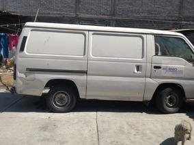 Nissan Urvan 2.4 Dx Panel Larga Mt