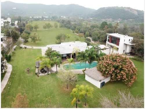 Finca/rancho En Venta En El Barrial
