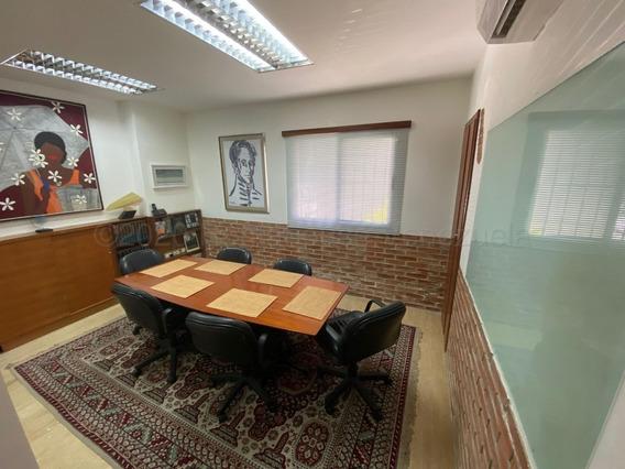 Oficina En Venta En Altamira, Chacao #21-2721 Av