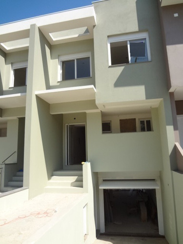 Casa Em Espirito Santo Com 3 Dormitórios - Vz2588