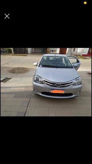 Toyota Etios 2016 1.5 Platinum 4 P