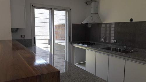 Imagen 1 de 3 de Housing A Estrenar De Excelente Calidad Zona Del Dino Mall, 3 Dormitorios, 3 Baños, Seguridad