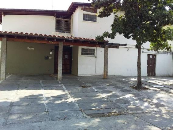 20-17074 Invierta Casa En Chuao 0414-0195648 Yanet