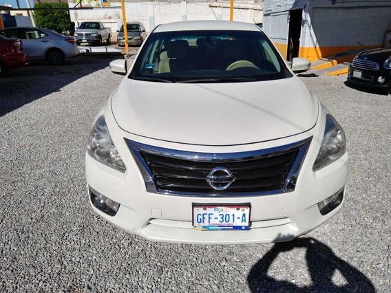 Nissan Altima Advance 2016 Blanco 2.5 L.