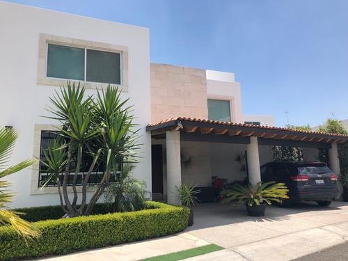 Imagen 1 de 18 de Casa En Renta En Misión San Jerónimo