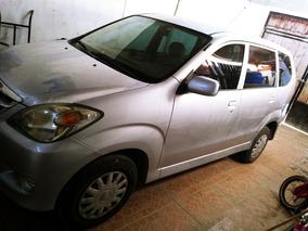 Toyota Avanza 1.5 Premium At 2011