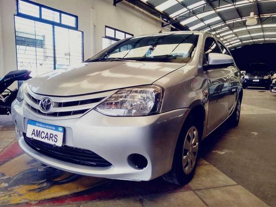 Toyota Etios 1.5 4p Sedan Xs