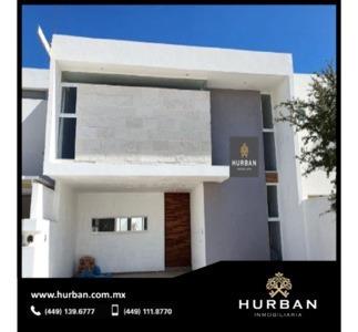Hurban Vende Casa Nueva En Loretta Con Excelente Ubicación Y Terminados.