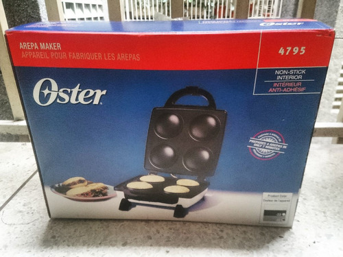 Tosty Arepa Oster Original 4795 Maker 4 Unidades Nuevo
