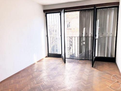 Venta Apartamento 2 Dormitorios Centro Porteria Calefacción