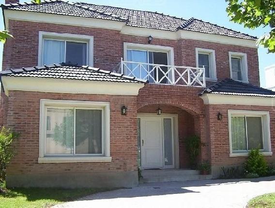 Excelente Casa Con Calidad De Contruccion En La Alameda, Nordelta