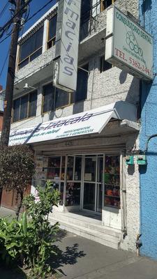 Edificio: Con Local Comercial Y Cuartos Para Renta.