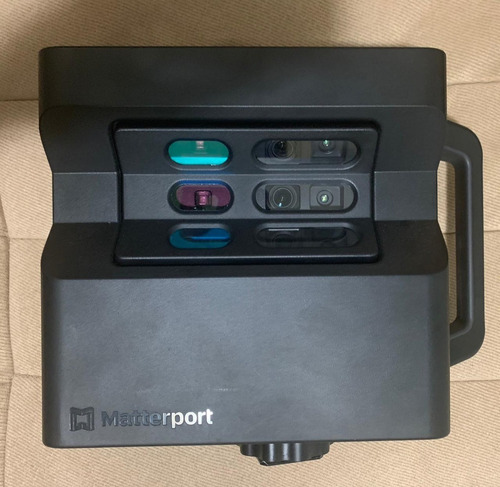 Câmera Matterport Pro2 + Tripé Manfrotto190 + Case Nanuk 930
