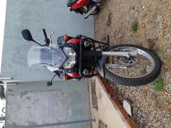 Tenere 250 Yamaha, Xre 300