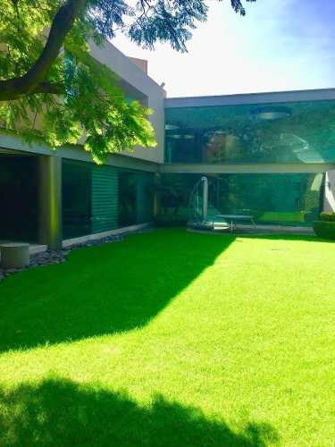 Moderna Casa En Calle Cda Con Vigilancia En Jardines Del Pedregal.