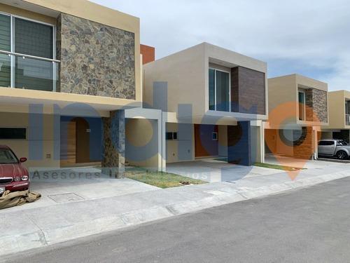 Casa Nueva En Venta En La Vista Residencial