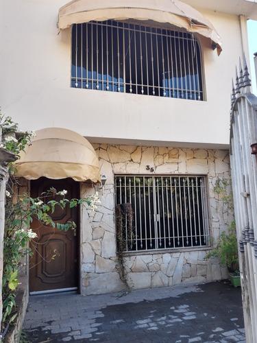 Casa Tipo Sobrado De 2 Quartos Em Santana