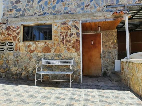 Anexo Apto En Alquiler Rah, Cumbres De Curumo, Rent A House