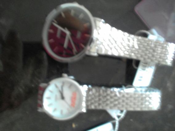 Kit 2 Relógios 1 Masculino 1 Feminino