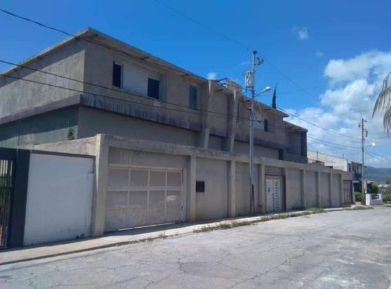 Casa En Venta En Colinas Del Turbio, Barquisimeto