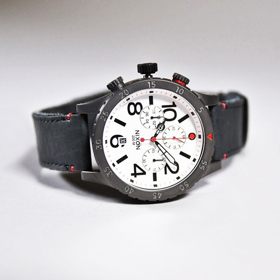 Relógio Nixon 48-20 Chrono Leather