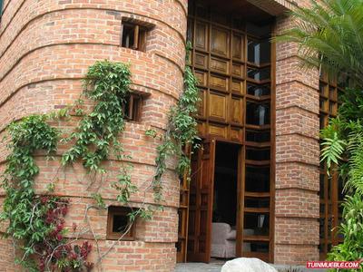 Casas En Venta Código 18-7329 A G Rent A Hose La Boyera