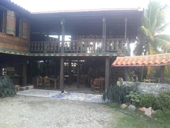 Comercial En Venta En Cabudare, El Placer. Al 20-7387