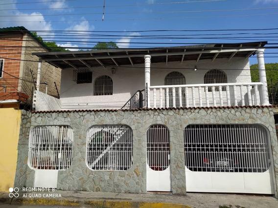 Casa De 2 Niveles En Maracay 04243368365