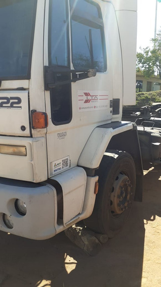Ford Cargo 3222