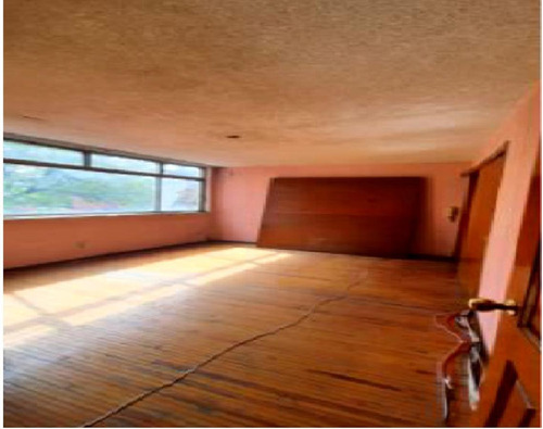 Imagen 1 de 11 de Vendo Residencia Las Aguilas  Para Remodelar