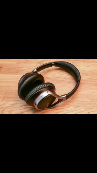 Fone De Ouvido Sem Fio Bluetooth Sony Mdr-10rbt