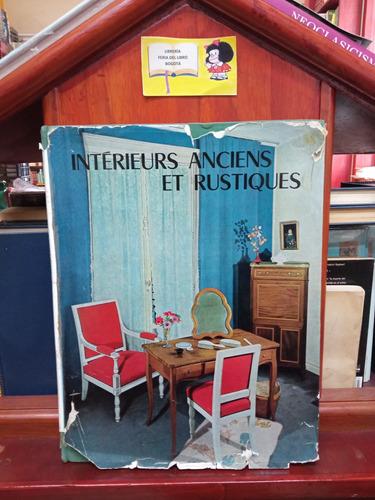 Interiores Antiguos Y Rústicos - Francés