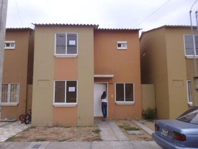 Alquiler De Casa En Villas Del Rey Urb. Rey Eduardo