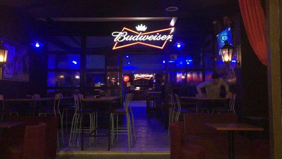 Fondo De Comercio Bar - Pool - Pub - Cervecería Artesanal