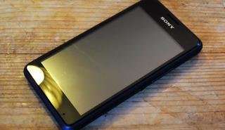 **baixei** Sony Xperia E1 (com Tv) - Defeito
