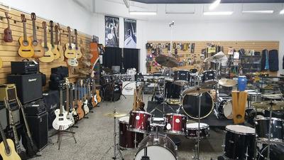 Venta De Fondo De Comercio Instrumentos Musicales, Sonido