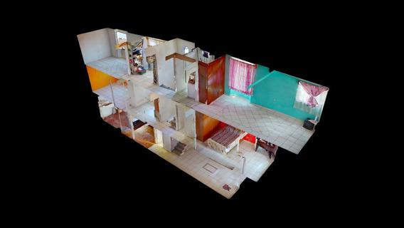 Atractiva Casa En Esquina Con Accesoria