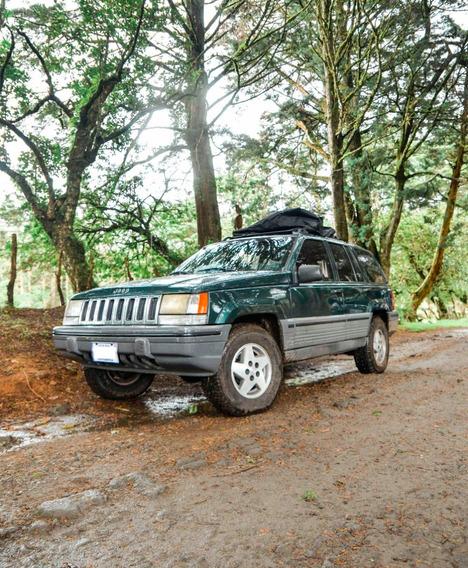 Jeep Grand Cherokee Laredo 95