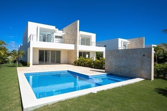 Villas En Playa Nueva Romana, Entre El Campo Ejecutivo De Golf Y La Playa