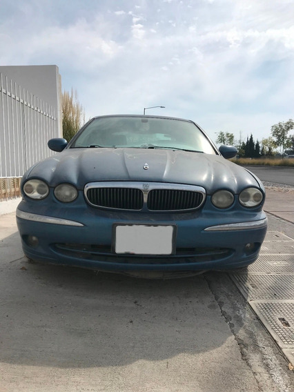 Jaguar X-type 2.4 Mod 2004, Color Azul Eléctrico